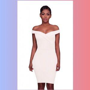 Dresses & Skirts - 🤩 NEW ITEM!! White Off-the-Shoulders Mini Dress